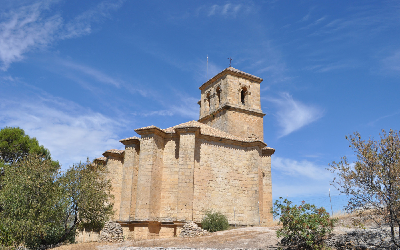 castillo_de_la_villa_montefriohuerta_pequena_self catering_holiday_accommodation_Montefrio_www.rural-andalucia.com