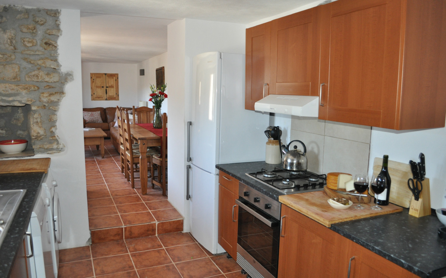 kitchen_huerta_pequena_self catering_holiday_accommodation_Montefrio_www.rural-andalucia.com
