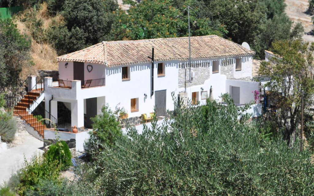 house_view_huerta_pequena_holiday_accomodation_Montefrio_Granada